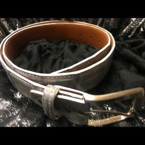 Francis Edwards genuine crocodile gray belt. Sz 38